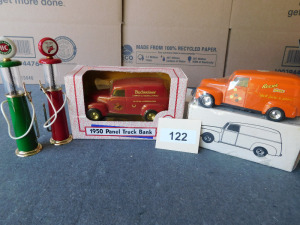 Reese's stock number 98091950 panel truck bank, die-cast 1:25 scale 1950 Budweiser truck bank, 2 gas pumps