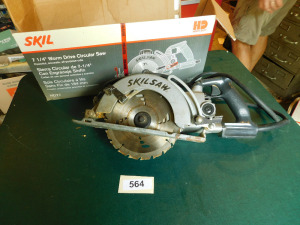 7  1/4 in worm drive circular saw-table only shed