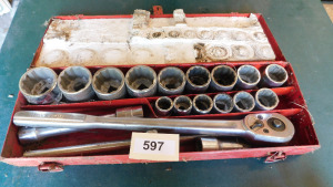3/4 socket set, ratchet, breaker bar, 7/8 to 2 inch socket, table only-shed