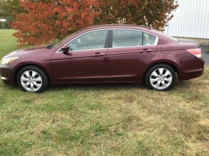 2009 Burgundy Honda Accord EX-L, Leather Seats, Very Nice Condition, Mileage 119,196