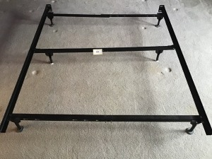 Metal Bed Frame Extends from Twin To Queen